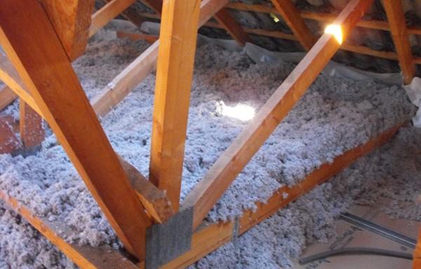 Ouate de cellulose – soufflage sur plafond fermettes